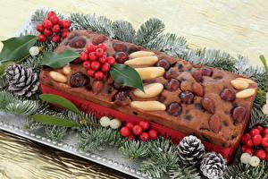 Fotos Neujahr Backware Nussfrüchte Beere Keks Ast Zapfen Lebensmittel