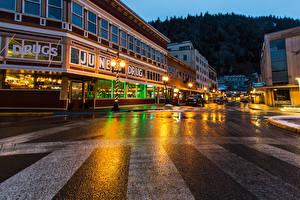 Fotos USA Haus Abend Alaska Straße Straßenlaterne Juneau