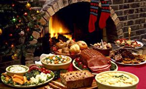 Bilder Neujahr Feiertage Servieren Backware Süßware Gemüse Schinken Keks Socken das Essen