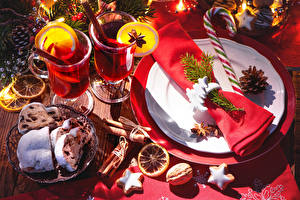 Papéis de parede Ano-Novo Feriados Nomeações de tabela Bebida Pastelaria Bolacha Fruto de casca rija Bolo inglês Prato Caneca Alimentos
