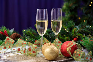 Pictures New year Holidays Sparkling wine Stemware Two Branches Balls Food