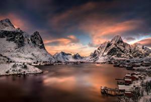 Fotos Lofoten Norwegen Gebäude Gebirge Flusse Himmel Winter Schnee Moskenesoya Städte