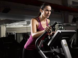 Hintergrundbilder Fitness Unterhemd Körperliche Aktivität