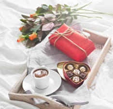 Wallpapers Holidays Roses Candy Coffee Chocolate Gifts Box Food
