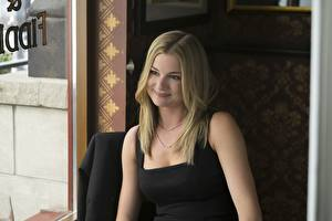 Pictures Emily VanCamp Captain America: Civil War Smile Sharon Carter Celebrities Girls Girls