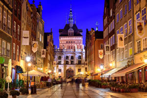 Pictures Gdańsk Poland Houses Street Street lights Night Cities