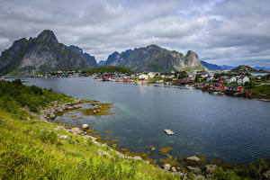 Bilder Norwegen Lofoten Haus Gebirge Kleine Städte Bucht Reine