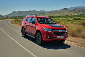 Wallpapers Chevrolet Tuning Red Metallic Moving 2016 TrailBlazer Z71 automobile