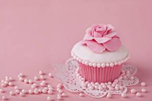 Fotos Cupcake Rosen Perlen Törtchen Rosa Farbe Lebensmittel