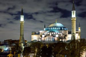 Bakgrundsbilder på skrivbordet Istanbul Turkiet Tempel Moské Natt stad