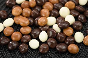 Bilder Süßigkeiten Bonbon Schokolade Viel chocolate dragee Lebensmittel
