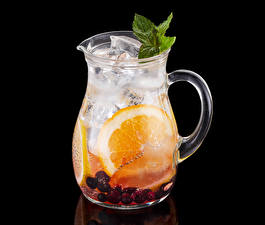 Fotos Getränk Beere Orange Frucht Schwarzer Hintergrund Kannen Eis Lebensmittel