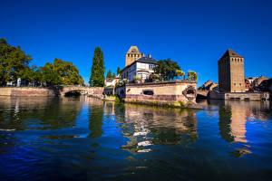 Hintergrundbilder Frankreich Gebäude Fluss Brücke Straßburg