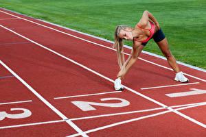 Fonds d'écran Gymnastique Entraînement Jambe Main Filles Sport