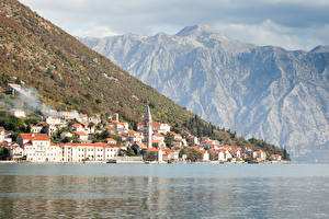 Image Perast Montenegro Houses Mountains Sea Coast Bay Cities