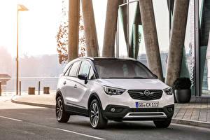 Fotos Opel Weiß Metallisch 2017 Crossland X Turbo
