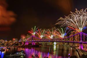 Photo Brisbane Australia Fireworks Rivers Bridges Night time Fairy lights Cities