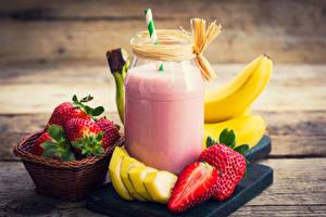 Wallpapers Juice Strawberry Bananas Boards Highball glass Wicker basket Jar Food