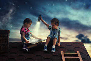 Pictures Little girls Boys Two Night Books Lantern Roof child