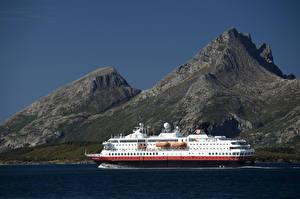 Fotos Norwegen Gebirge Schiff Kreuzfahrtschiff