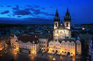 Photo Prague Czech Republic Building Evening Sky Street Street lights Cities