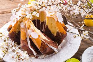 Fotos Feiertage Ostern Kulitsch Ast Lebensmittel