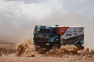 Pictures IVECO Trucks Driving  auto