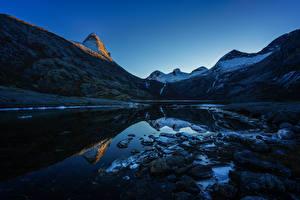 Fotos Norwegen Gebirge Abend See Steine Landschaftsfotografie Natur