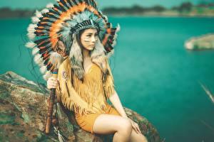 Bilder Asiatische Federn Warbonnet Indianer Schön Mädchens