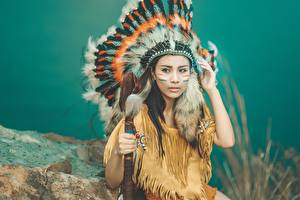 Images Feathers Warbonnets Indigenous peoples Girls