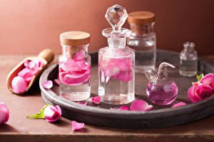 Picture Spa Jar Oil Petals