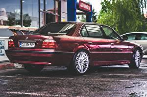 Wallpaper BMW Wine color E38 750iL automobile
