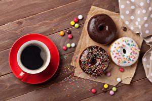 Papel de Parede Desktop Pastelaria Doughnut Café Chocolate Acucar glace Tábuas de madeira Chávena