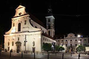 Hintergrundbilder Tschechische Republik Haus Denkmal Nacht Brno