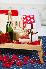 Wallpapers Holidays Sparkling wine Rose Bottles Stemware Gifts Red Petals Food