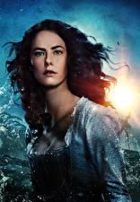 Images Kaya Scodelario Pirates of the Caribbean: Dead Men Tell No Tales Beautiful Brunette girl Glance film Girls Celebrities