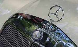 Hintergrundbilder Logo Emblem Großansicht Mercedes-Benz hood automobil