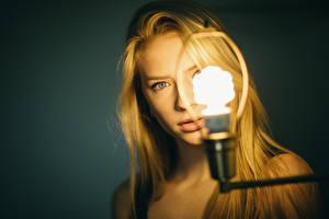 Pictures Light bulb Glance Blonde girl Mila, Jesse Herzog Girls