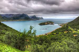 Fotos Norwegen See Gebirge Insel Landschaftsfotografie HDRI Husoy Natur