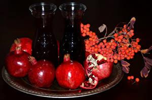 Fotos Granatapfel Saft Beere Vogelbeeren Flasche Ast Lebensmittel