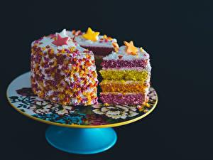 Bilder Süßigkeiten Torte Schwarzer Hintergrund Design Stück Lebensmittel