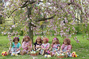 Wallpaper Germany Parks Spring Flowering trees Doll Little girls Wicker basket Grugapark Essen Nature