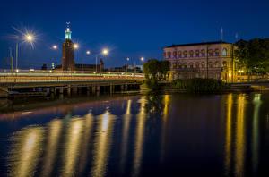 Hintergrundbilder Stockholm Schweden Gebäude Flusse Brücken Nacht Straßenlaterne