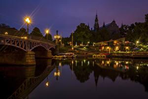Hintergrundbilder Stockholm Schweden Flusse Brücken Seebrücke Nacht Straßenlaterne