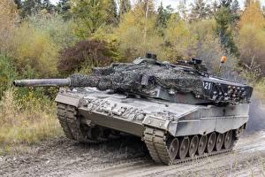 Wallpaper Tank Leopard 2 German