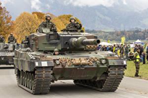 Wallpaper Tanks Leopard 2 German