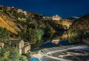 Fotos Toledo Spanien Gebäude Fluss Wasserfall Abend Felsen Bäume Natur