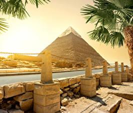 Bilder Ägypten Wüste Flusse Steine Pyramide bauwerk Cairo Natur