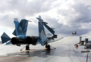 Picture Airplane Fighter Airplane Aircraft carrier Russian Su 33 Admiral Kuznetsov Aviation Army