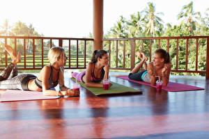 Fotos Fitness Fruchtsaft Drei 3 Mädchens